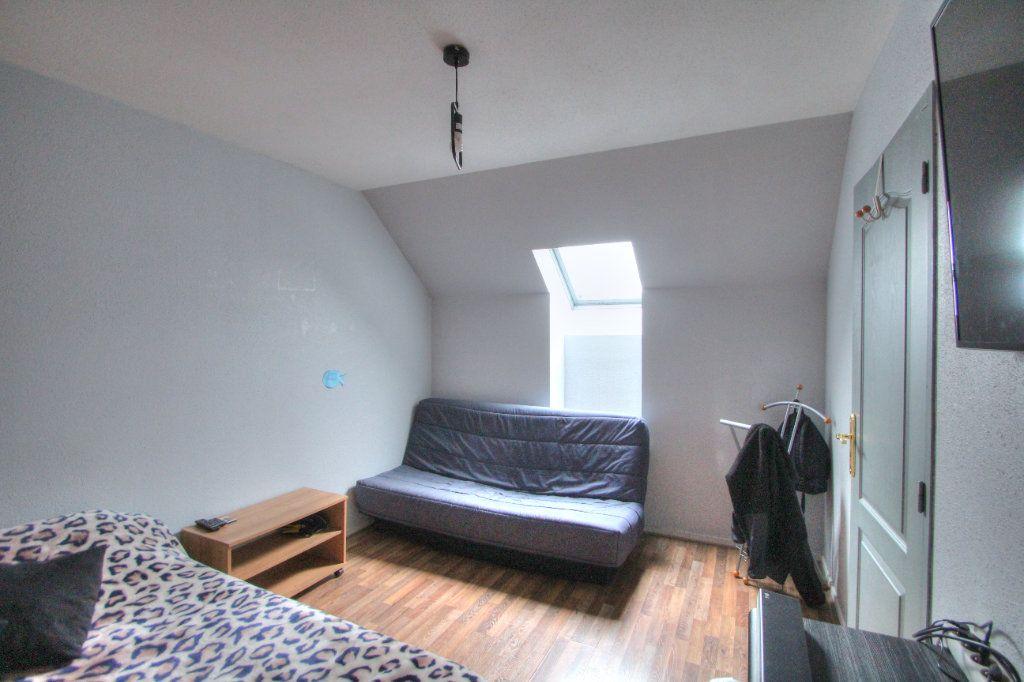 Maison à vendre 6 120m2 à Saint-Jean-de-la-Ruelle vignette-9