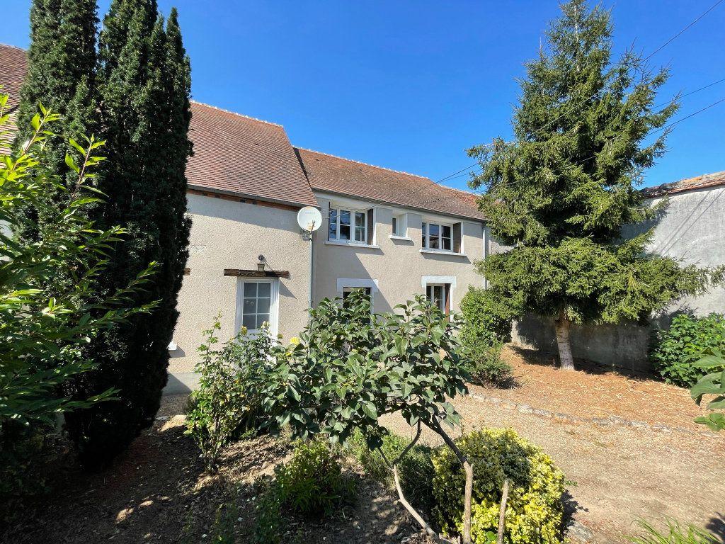 Maison à louer 4 115m2 à Saint-Hilaire-Saint-Mesmin vignette-16