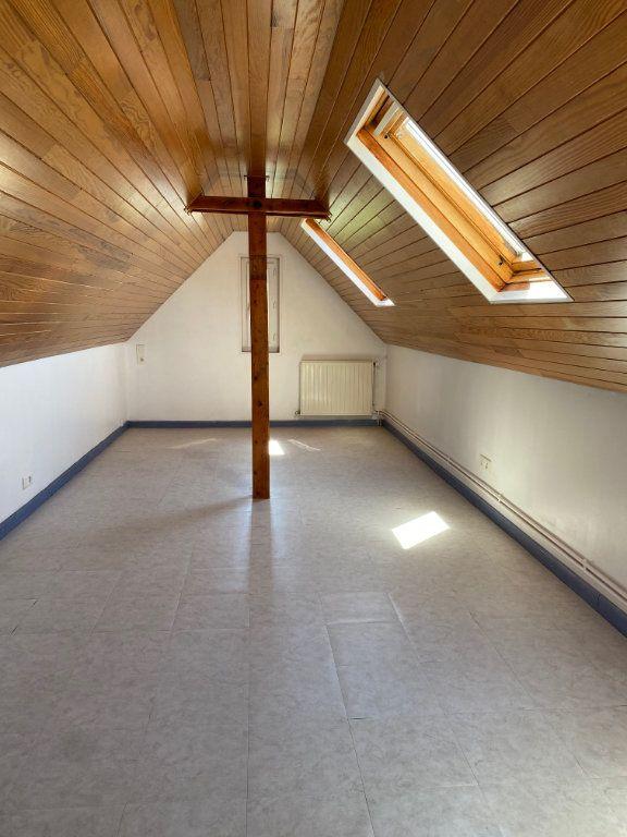 Maison à louer 3 68.78m2 à Saint-Jean-de-la-Ruelle vignette-9