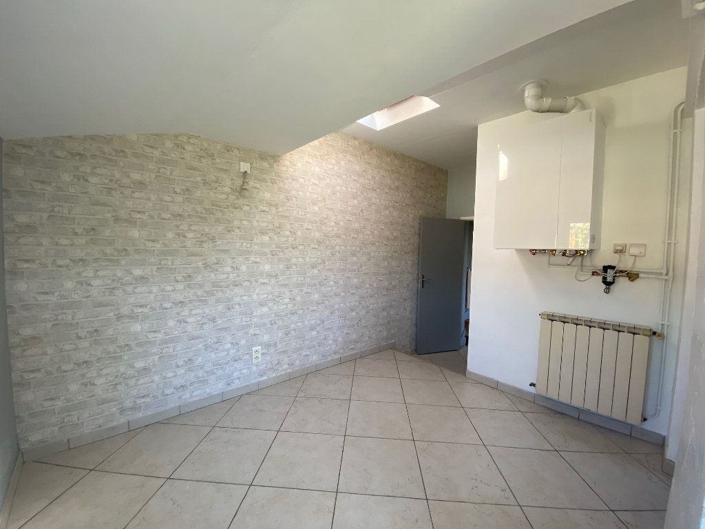 Maison à louer 3 68.78m2 à Saint-Jean-de-la-Ruelle vignette-13