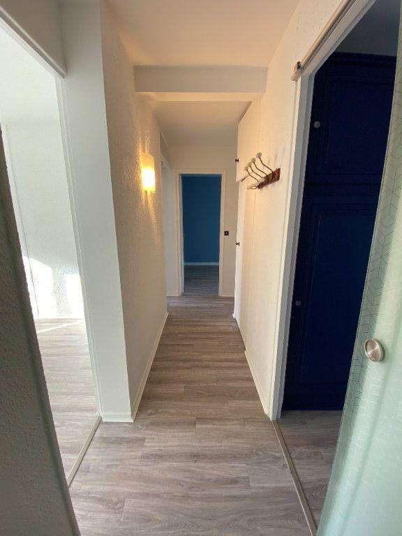 Appartement à louer 3 55.59m2 à Saint-Maur-des-Fossés vignette-1