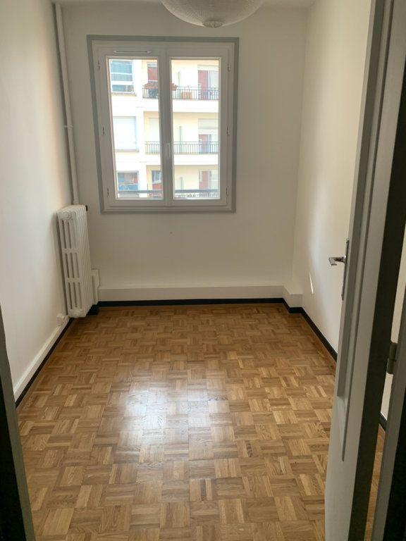 Appartement à louer 1 34.75m2 à Asnières-sur-Seine vignette-4