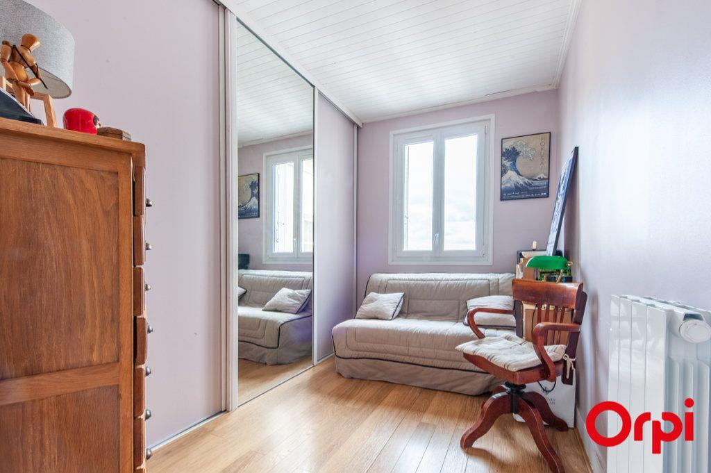 Appartement à vendre 3 52.54m2 à Asnières-sur-Seine vignette-10