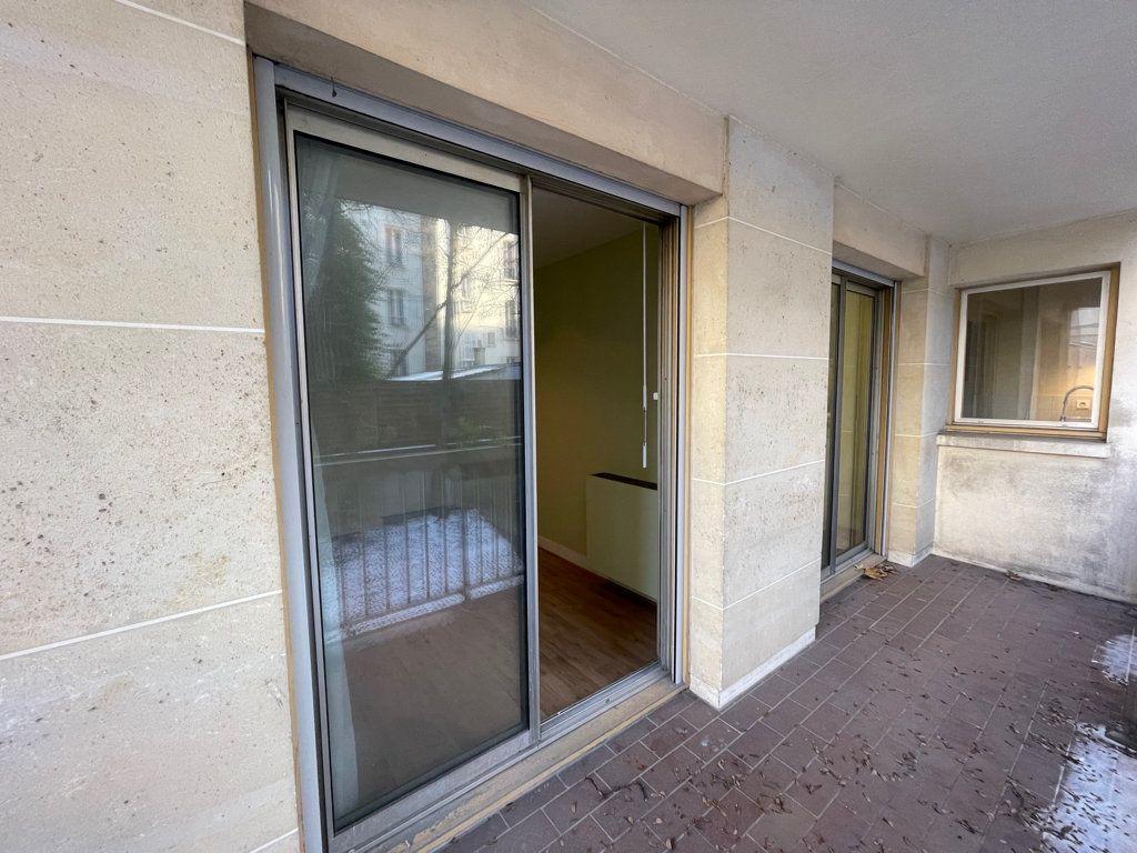 Appartement à vendre 5 82.95m2 à Asnières-sur-Seine vignette-6