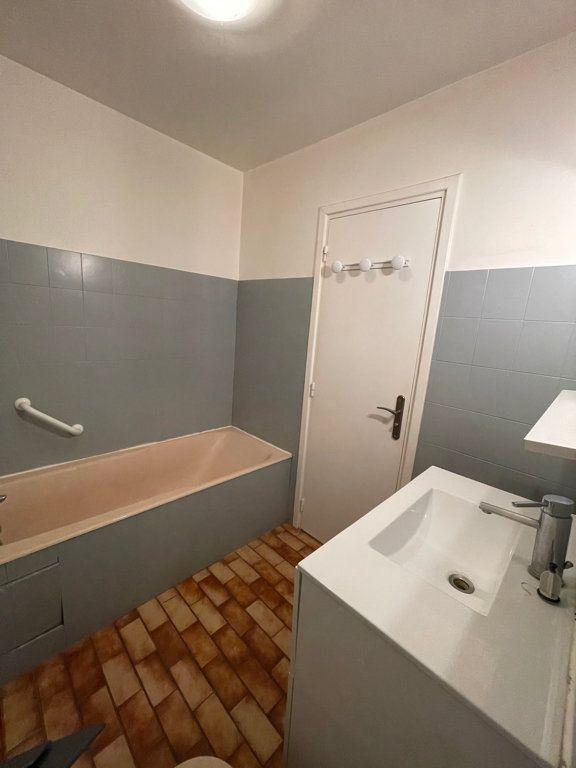 Appartement à vendre 5 82.95m2 à Asnières-sur-Seine vignette-10