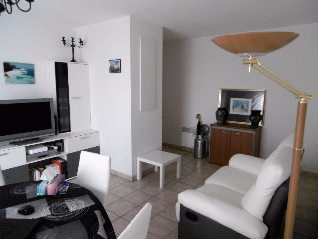 Appartement à vendre 3 57m2 à Beuzeville vignette-2