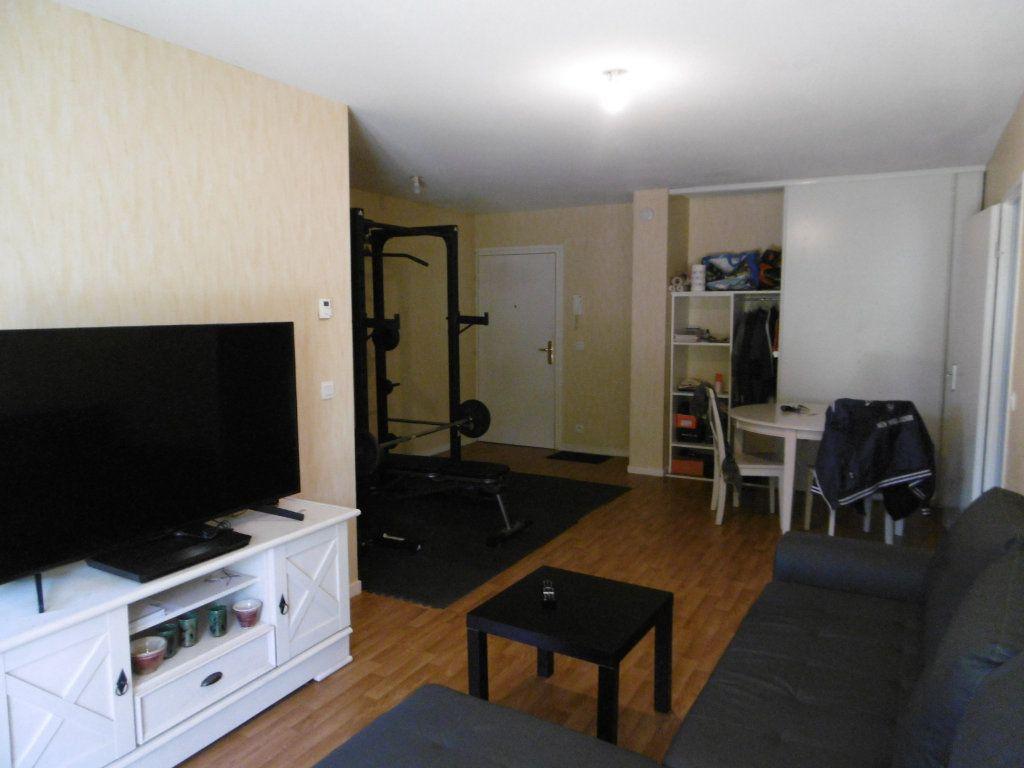 Appartement à vendre 2 52.17m2 à Beuzeville vignette-2