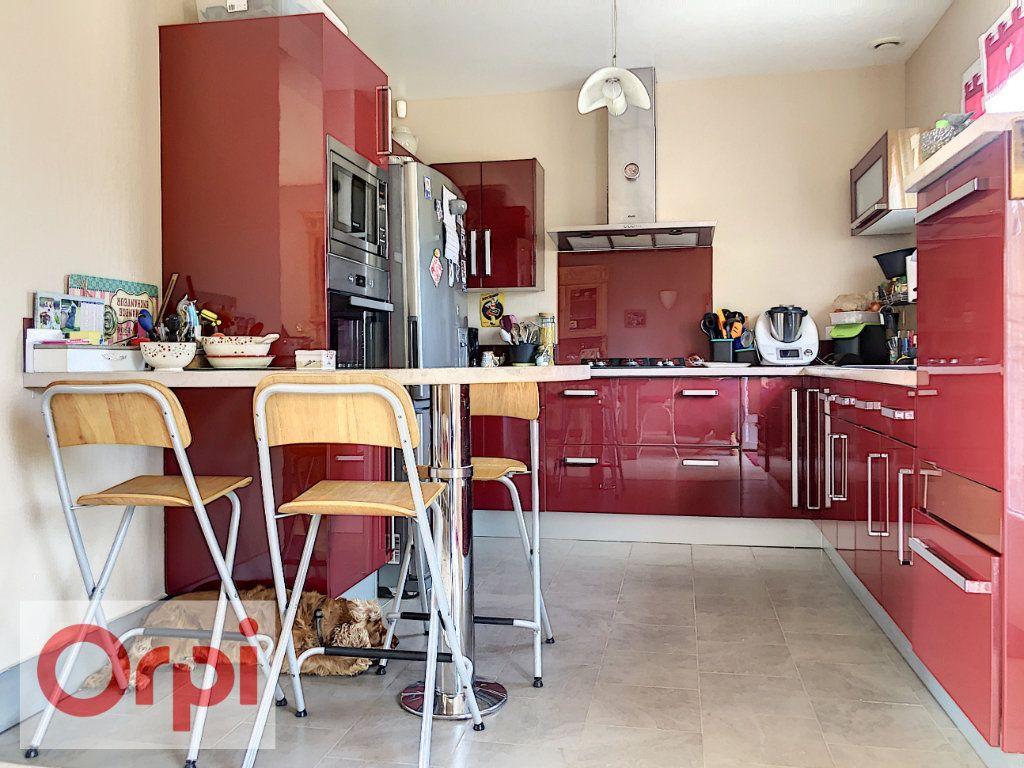 Maison à vendre 7 140m2 à Cormeilles vignette-6