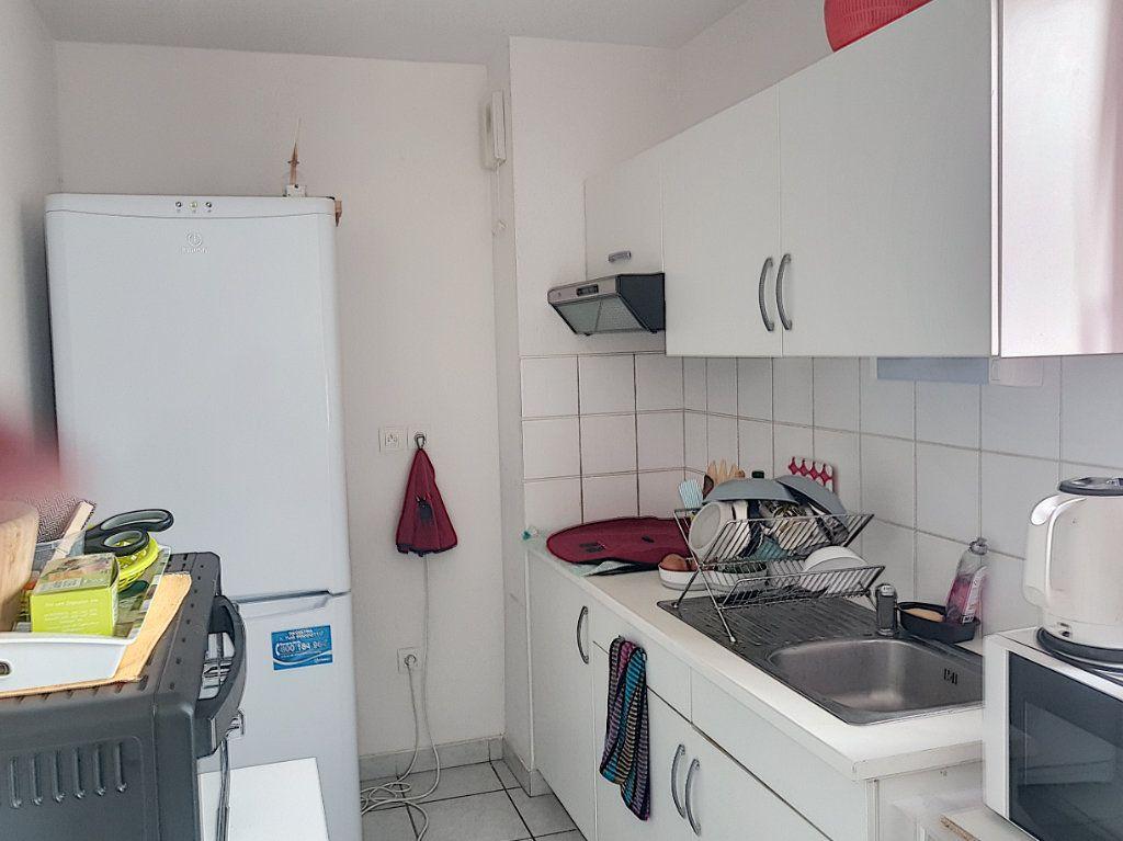 Appartement à vendre 3 67.21m2 à Beuzeville vignette-4