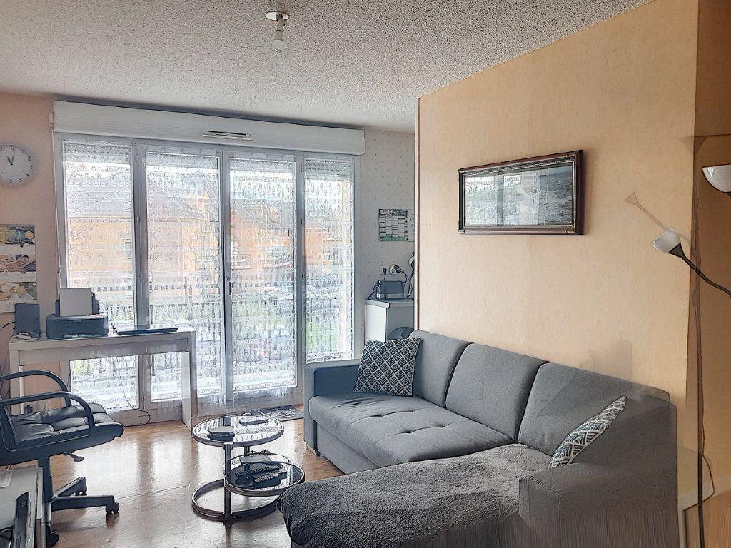Appartement à vendre 2 48m2 à Beuzeville vignette-2