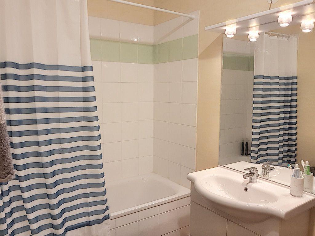 Appartement à vendre 2 48m2 à Beuzeville vignette-6