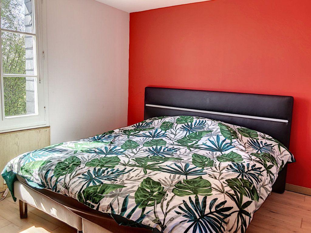 Maison à vendre 5 120m2 à Saint-Pierre-de-Cormeilles vignette-9