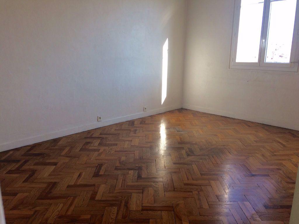 Appartement à louer 2 53.21m2 à Nice vignette-5