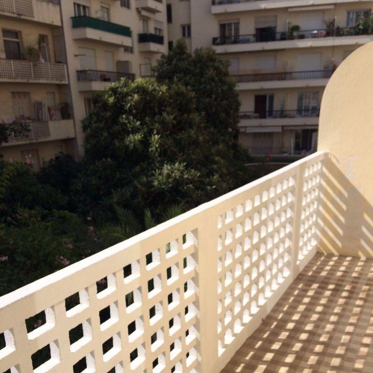 Appartement à louer 1 31.55m2 à Nice vignette-1