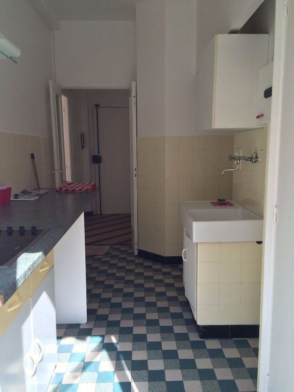 Appartement à louer 1 31.55m2 à Nice vignette-3