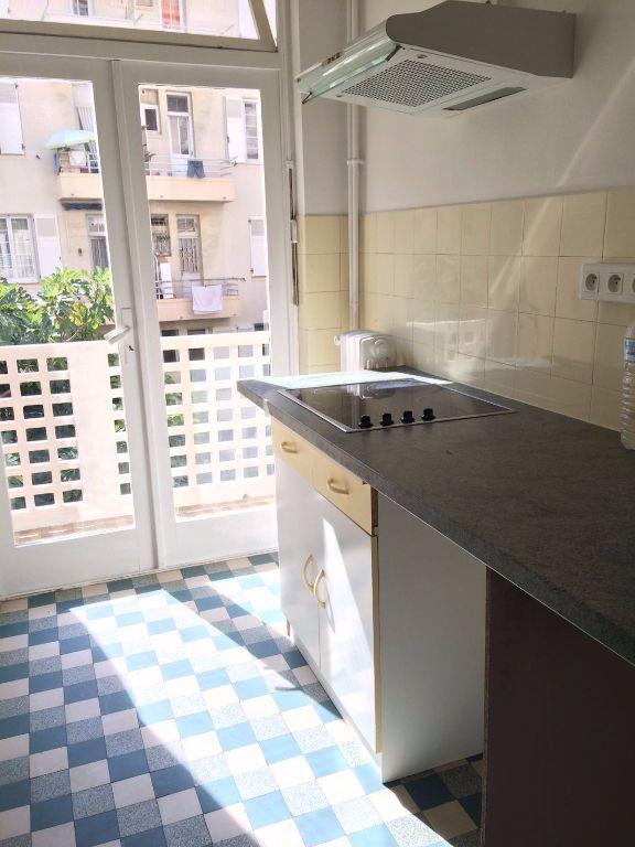 Appartement à louer 1 31.55m2 à Nice vignette-6