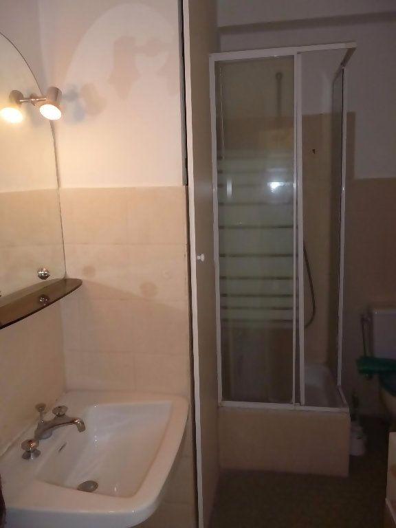 Appartement à louer 1 29.04m2 à Nice vignette-6