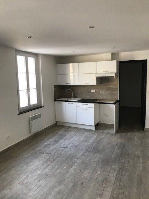 Appartement à louer 3 50.31m2 à Nice vignette-1