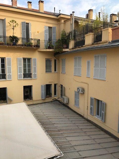 Appartement à louer 3 50.31m2 à Nice vignette-2