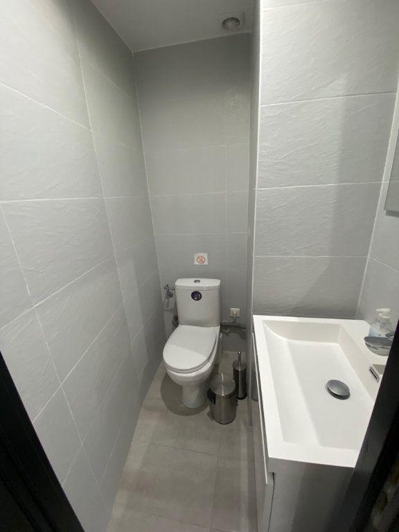 Appartement à louer 3 50.31m2 à Nice vignette-14