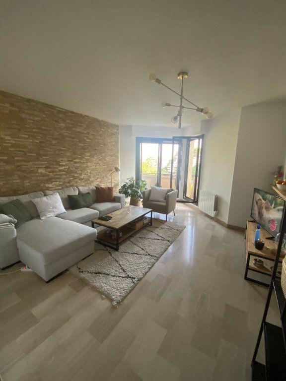 Appartement à louer 2 43.3m2 à Nice vignette-4