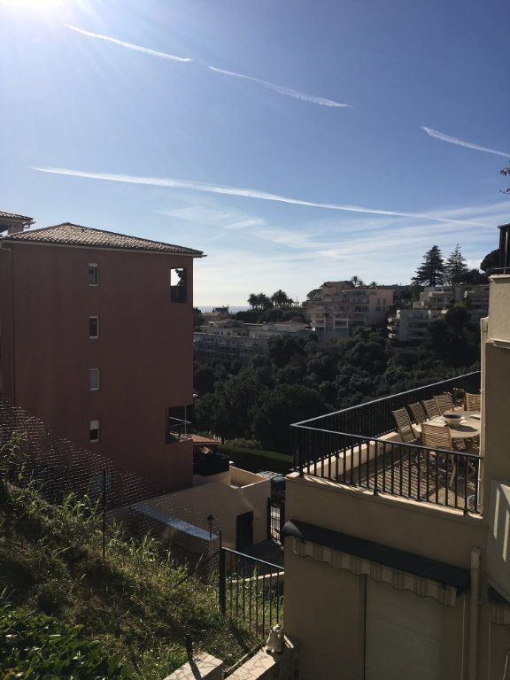 Appartement à louer 2 43.3m2 à Nice vignette-8
