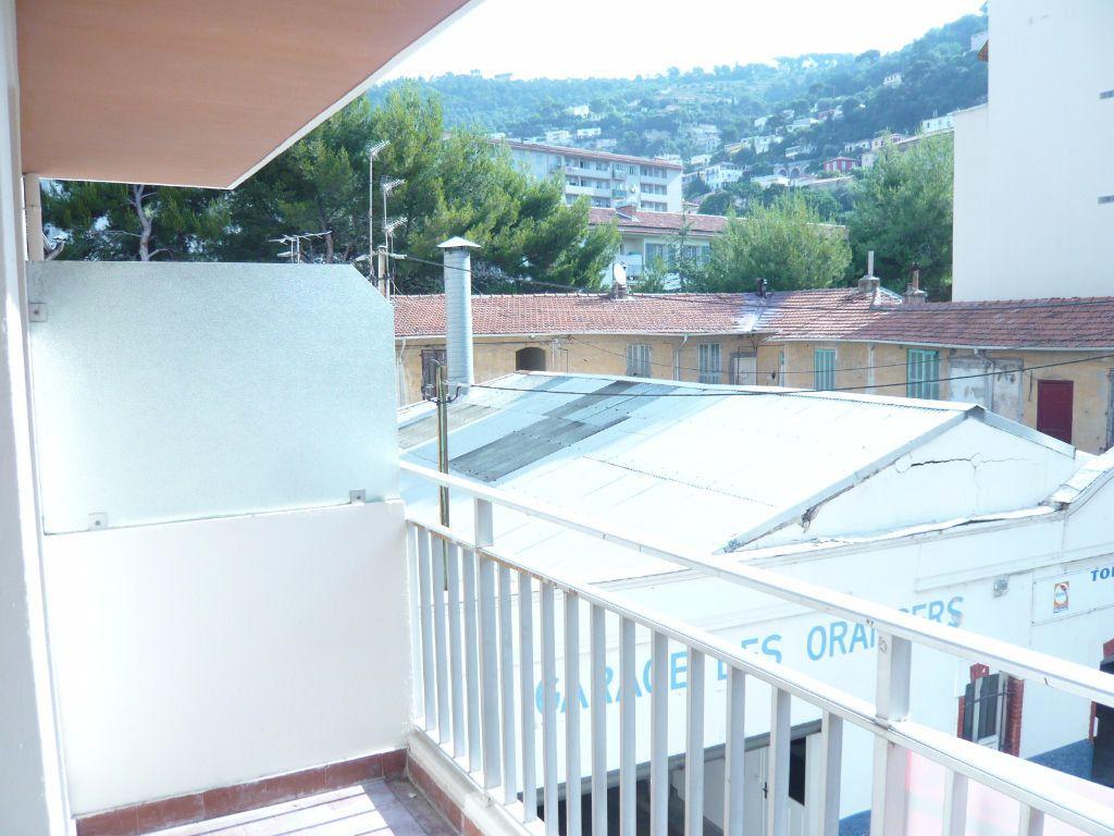 Appartement à louer 1 24.72m2 à Nice vignette-1