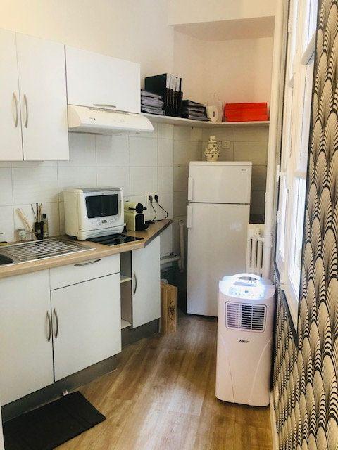 Appartement à louer 1 20.24m2 à Nice vignette-2