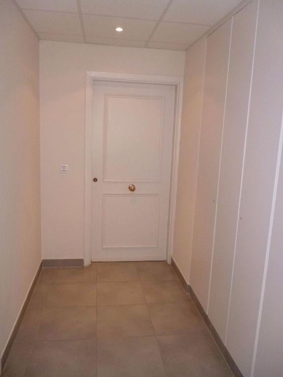 Appartement à louer 1 29.89m2 à Cagnes-sur-Mer vignette-4