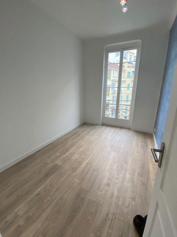 Appartement à louer 3 60m2 à Nice vignette-8