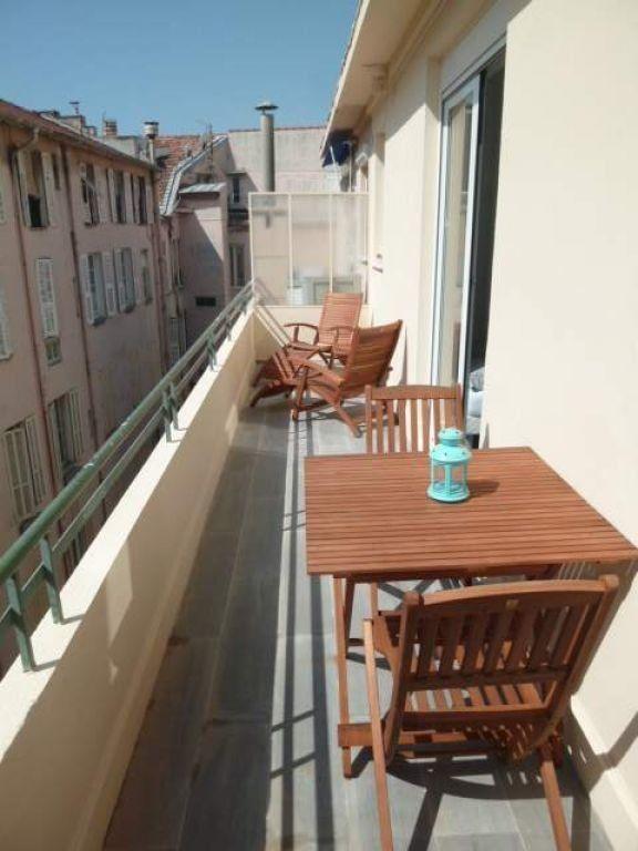 Appartement à louer 1 26.03m2 à Nice vignette-1