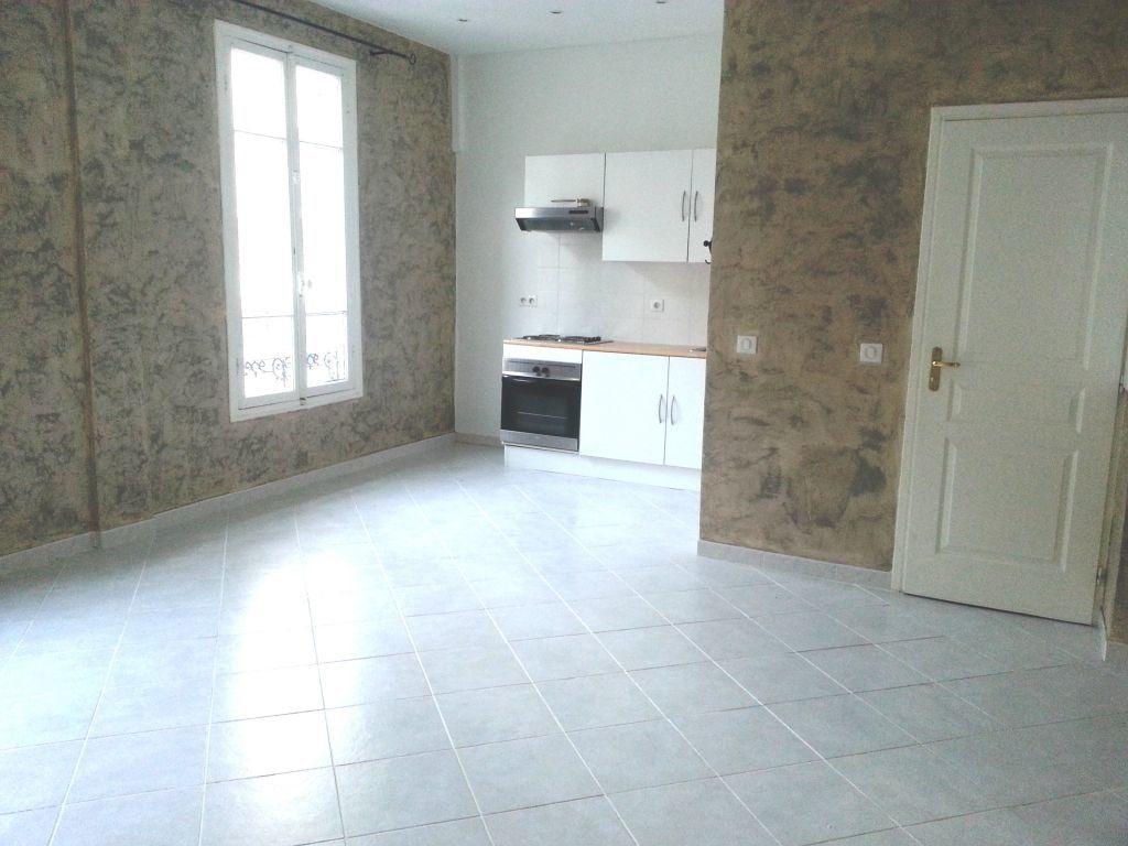 Appartement à louer 2 39.73m2 à Nice vignette-1