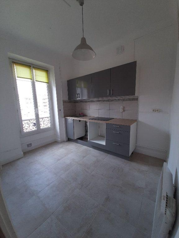 Appartement à louer 2 47.47m2 à Nice vignette-3
