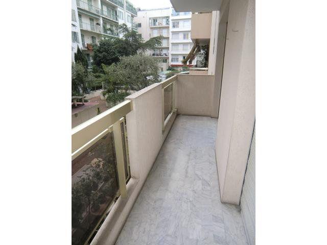 Appartement à louer 2 37.08m2 à Nice vignette-1