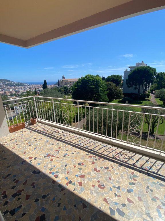 Appartement à louer 3 69m2 à Nice vignette-2