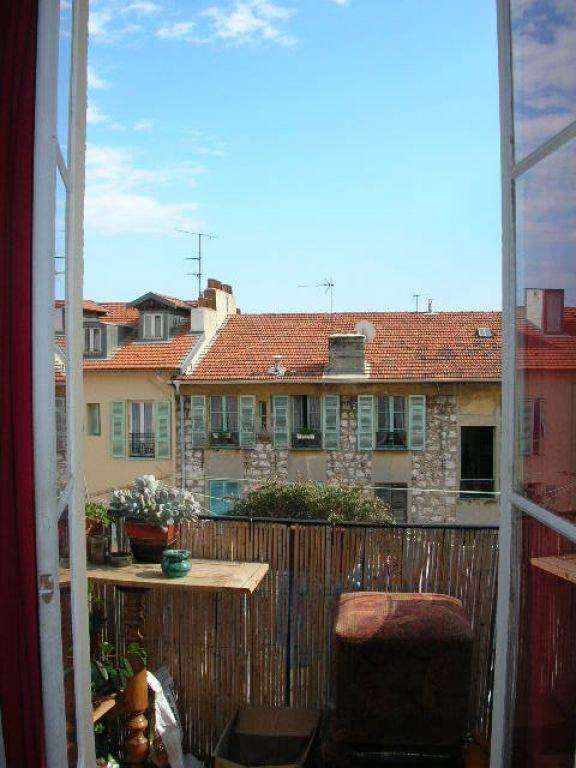 Appartement à louer 1 29.9m2 à Nice vignette-1