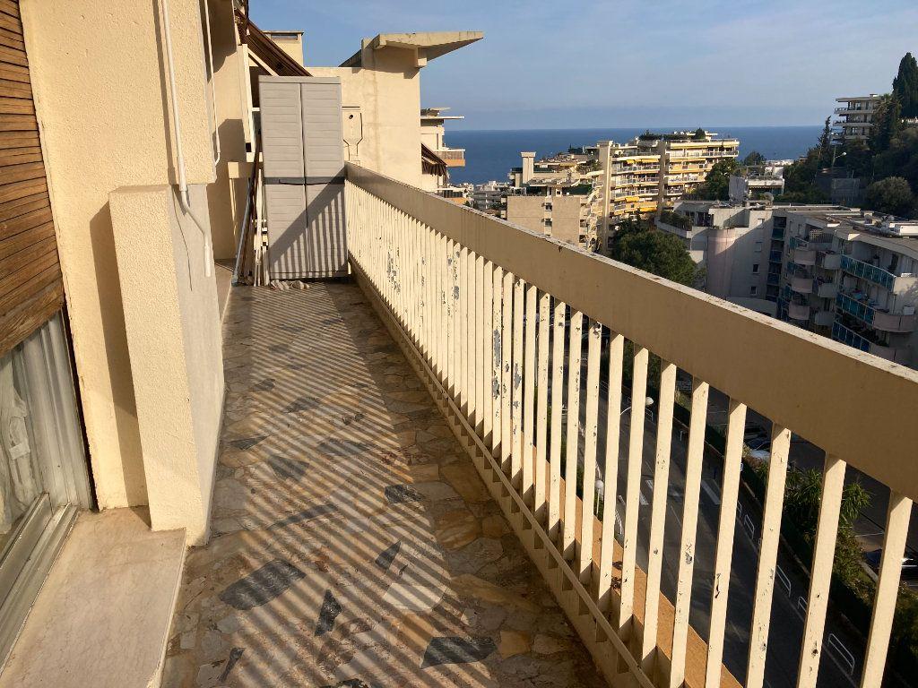 Appartement à louer 2 46.23m2 à Nice vignette-3