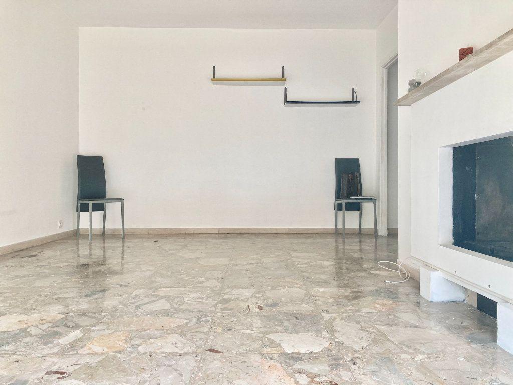 Appartement à louer 2 46.23m2 à Nice vignette-4