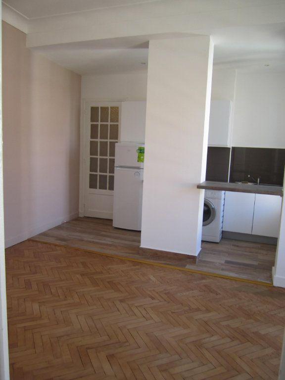 Appartement à louer 2 38.75m2 à Nice vignette-1