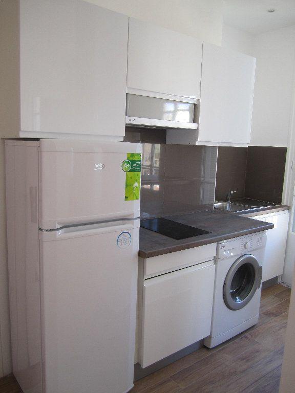 Appartement à louer 2 38.75m2 à Nice vignette-2