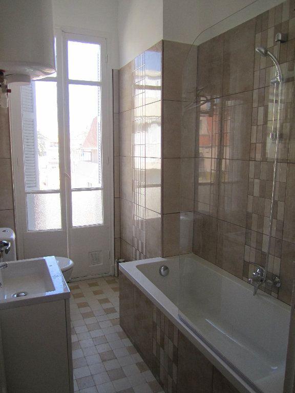 Appartement à louer 2 38.75m2 à Nice vignette-4