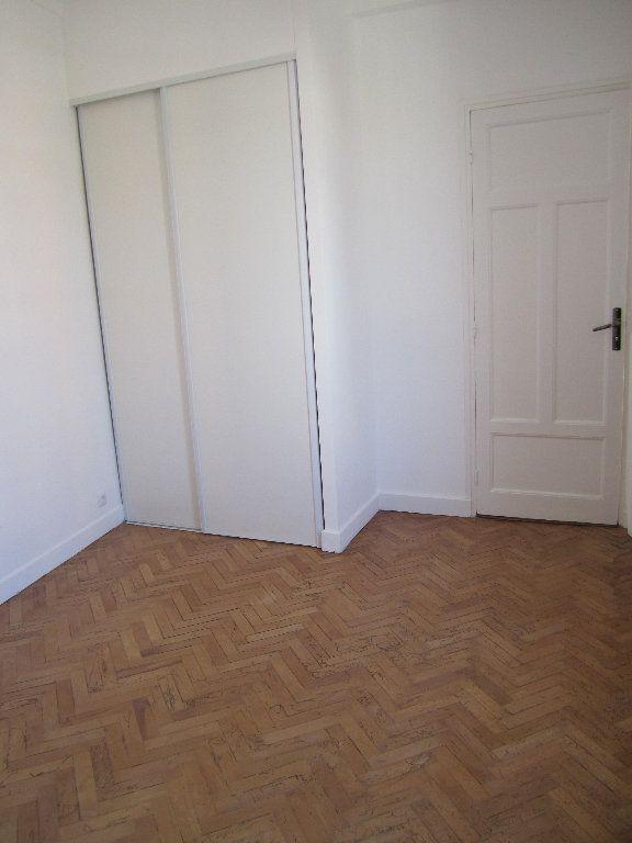 Appartement à louer 2 38.75m2 à Nice vignette-5
