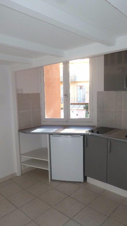 Appartement à louer 1 11m2 à Nice vignette-3