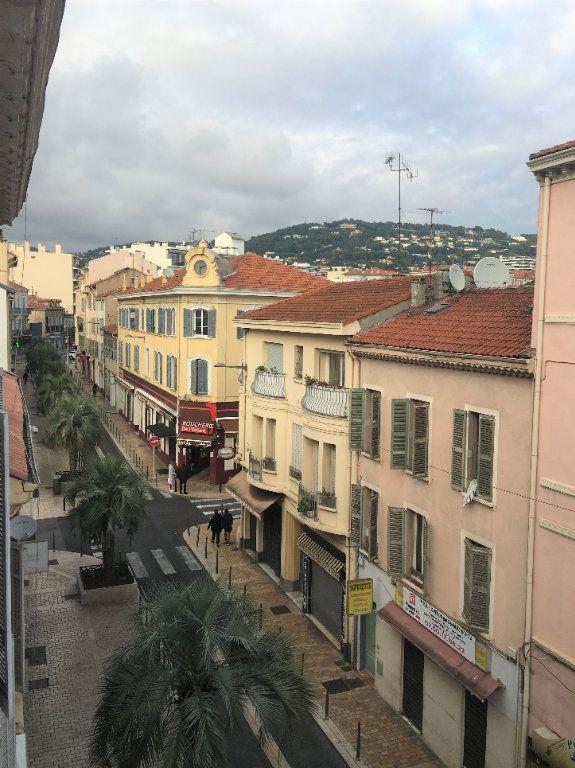 Appartement à louer 2 34.91m2 à Cannes vignette-1