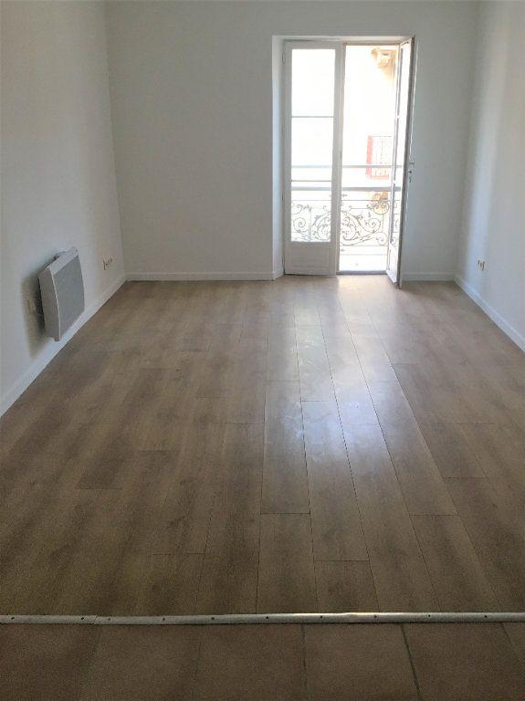 Appartement à louer 2 34.91m2 à Cannes vignette-4