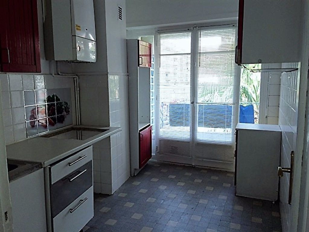 Appartement à louer 2 52.19m2 à Nice vignette-3