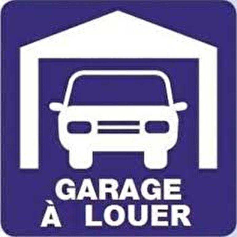 Stationnement à louer 0 0m2 à Saint-Laurent-du-Var vignette-1