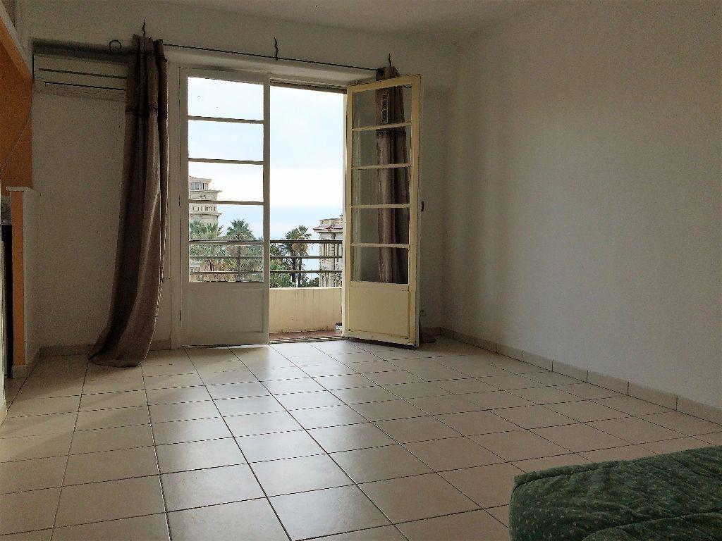 Appartement à louer 1 29.05m2 à Nice vignette-2