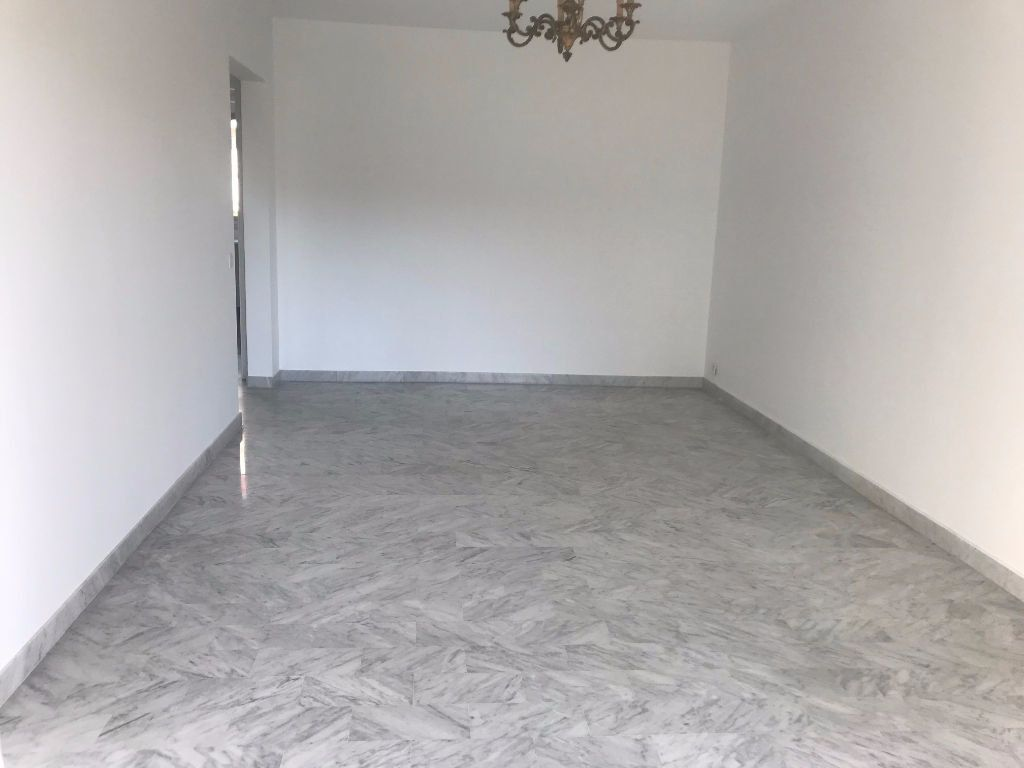 Appartement à louer 3 54.89m2 à Nice vignette-3