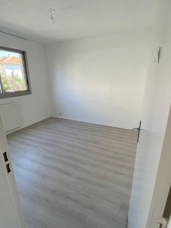Appartement à louer 3 54.89m2 à Nice vignette-6